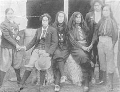 A group of unidentified Maori women in reform dress; clothing for the 'new women' of the late nineteenth century who wanted political physical freedom.   [Weekly Press/Canterbury Public Library]