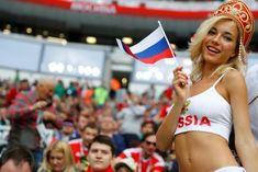 Narcisizmi kombëtar Soccer Fans, Football Fans, Football Girls, World Cup 2018, Fifa World Cup, Playboy, Russia World Cup, Hot Fan, Arab Women
