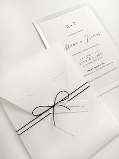 Nome do Modelo: Charlote    ::: ESPECIFICAÇÕES :::  Impressão: Digital  Envelope: Papel Opalina Liso 240g + Frase em relevo seco  Convite interno: Papel Opalina 240g + Relevo na borda  Acabamento: Tag com nome do convidado + cordão fino liso (duas voltas)    ::: CORTESIAS :::  - Convitinhos indiv... Scrapbook Letters, Vintage Headpiece, Wedding Invitation Wording, Love And Marriage, Got Married, Wedding Cards, Wedding Decorations, Place Card Holders, Wedding Things