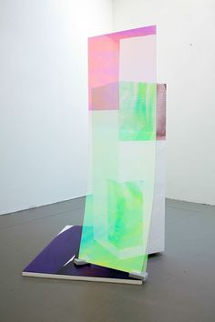 Esther Tielemans, Sweaty Sculpture (back), 2015, Radiant plexiglass, sponges, cellopohane  and photostickers on polystyrene, 167x90x107cm.jpg, Courtsey: AKINCI