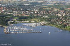 i Frederikssund, Denmark da jeg var pige ville jeg gerne bo her !! fam ferie ofte. min fars søster grethe Jeppesen. så jeg her. så jeg der og der og der. taler med alle.