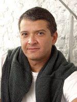 Pedro Salinas (Lima, 1963) es periodista y escritor. Ha sido ganador, junto con César Lévano, del Premio Nacional Periodismo y Derechos Humanos 1994.