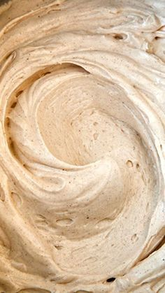 Cinnamon Cream Cheese Frosting Recipe ~ this is one of my favorites! Melt-in-your-mouth delicious!! This would be awesome for pumpkin cupcakes!!