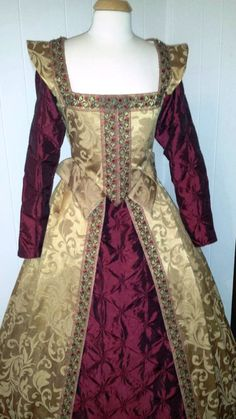 Elizabethan Renaissance Gown by welldressedlady on Etsy