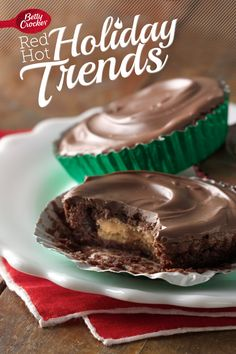 Trend 8: Copycat Candy {Peanut Butter Cup Brownies} #MakeMerry