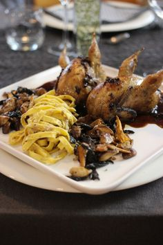 Quail Recipes, Dutch Recipes, Italian Recipes, Wild Mushrooms, Stuffed Mushrooms, Belgium Food, Ny Food, Tapas, Fancy Dinner Recipes