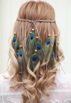 Boho+Peacock+feather+headband Macrame Headband, Boho Headband, Feather Headband, Braided Headbands, Tiara Hairstyles, Feathered Hairstyles, Beach Hairstyles, Men's Hairstyle, Ponytail Hairstyles