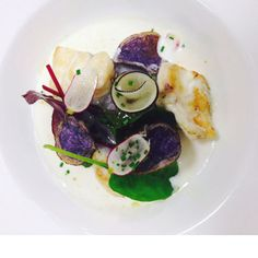 Lotte, vitelottes, radis rose et noir. #foodie #Miam #Lastrasbourgeoise #restaurantparis #paris #gastronomie #alacarte