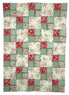 Easy Rag Quilt  This would make a snugly light weight quilt.