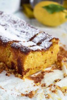 E se a vida nos der limões? Bolo de limão com mascarpone Sweet Desserts, Sweet Recipes, Cake Recipes, Dessert Recipes, Cinnamon Bun Recipe, Good Food, Yummy Food, Candy Cakes, Portuguese Recipes