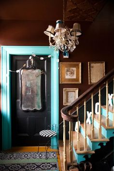 Better Together: Black & Blue   Apartment Therapy -- I'm not drawn to the rest of the interiors they show, but this brown/turqouise/black is homey, quirky, and cool all at the same time.  Love it.