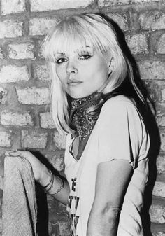 Debbie Harry in a graphic tee and rock and roll paisley bandana...timeless! Effortless style.
