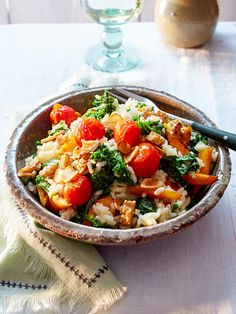 Kale goes Mediterranean - in this risotto with carrots, tomatoes and . Salad Recipes No Meat, Shrimp Salad Recipes, Salad Recipes For Dinner, Risotto Recipes, Healthy Recipes, Food For A Crowd, Food Blogs, Food For Thought, Kale