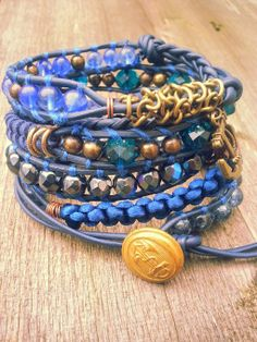 """Captain"" Has a new owner:)    Met facet geslepen kristal.  Past 5 á 6 keer om de pols.   Wrap it 5 or 6 times around. Finished this on the 24th of November.   Ben je geïnteresseerd stuur een berichtje. #Boho #Bohemian #Caarroos #Bracelets #Jewelry #Gipsy #Armband."