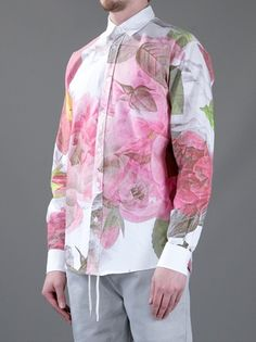 SOULLAND 'Rasmissen' shirt  farfetch from VOO  Berlin, Germany     Multi-coloured cotton shirt from Soulland featuring a plain white collar, a pink flower print, a front button fastening and long sleeves with buttoned cuffs.
