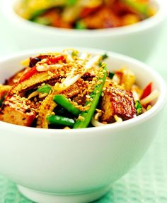 This recipe produces tofu with a crisp, flavorful coating. The sautéed bell peppers and onions add a tasty and colorful touch. Cooking Tofu, Cooking Oatmeal, Asian Cooking, Cooking Games, Cooking Classes, Vegetable Dishes, Vegetable Recipes, Vegetarian Recipes, Healthy Recipes