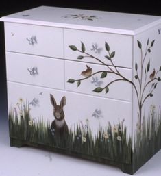 Jeri's Organizing & Decluttering News: Storage to Make You Smile: Hand-Painted. - Jeri's Organizing & Decluttering News: Storage to Make You Smile: Hand-Painted Furniture - Art Furniture, Decoupage Furniture, Hand Painted Furniture, Funky Furniture, Repurposed Furniture, Furniture Projects, Furniture Makeover, Painting Furniture, Diy Painting