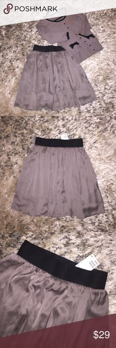 Spotted while shopping on Poshmark: 🇺🇸New with Tags! Gray H&M skirt!! #poshmark #fashion #shopping #style #H&M #Dresses & Skirts