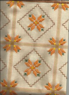 This post was discovered by Nuria Soto. Discover (and save!) your own Posts on Unirazi. Phulkari Embroidery, Hardanger Embroidery, Ribbon Embroidery, Cross Stitch Embroidery, Embroidery Patterns, Cross Stitch Designs, Cross Stitch Patterns, Bordado Tipo Chicken Scratch, Swedish Embroidery