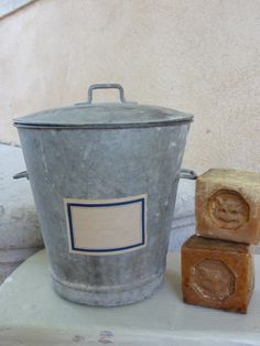 Le savon on pinterest marseille soaps and lavender soap - Le vrai savon de marseille ...
