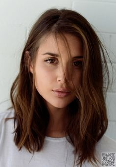17. Wave a Lob - Hair #Trend: 32 Beach Waves #Inspos You Must Copy This Spring ... → Hair #Waves
