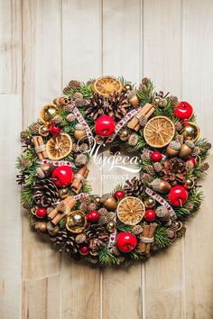 Pin by camelot on Boże Narodzenie Handmade Christmas Decorations, Xmas Decorations, Christmas Arrangements, Theme Noel, Christmas Wonderland, Christmas Mood, Diy Weihnachten, Deco Table, Holiday Wreaths