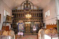 Legenda unei biserici româneşti unice în lume - jumătate ortodoxă, jumătate catolică. Bijuteria arhitectonică a fost ridicată de un boier sfâşiat de iubire | adevarul.ro Romania, Fair Grounds, Barn, Converted Barn, Barns, Shed, Sheds