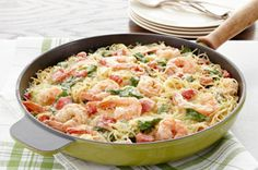 Shrimp & Pasta Formaggio Recipe - Kraft Recipes - substitute broccoli for the spinach Kraft Recipes, Fish Recipes, Seafood Recipes, Pasta Recipes, Cooking Recipes, Kraft Foods, Recipies, Spinach Recipes, Skillet Recipes