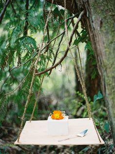 Cool Geometric Wedding Inspiration | Anniversary Shoot | Anna Peters Photography | Bixby + Pine | Bridal Musings Wedding Blog