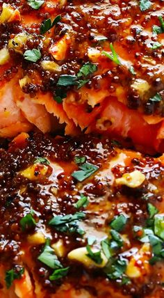 Salmon recipes 22095854406721715 - Honey Mustard Salmon in Foil Source by sweetlifebake Grilled Salmon Recipes, Fish Recipes, Seafood Recipes, Dinner Recipes, Cooking Recipes, Healthy Recipes, Tilapia Recipes, Grilled Fish, Healthy Meals