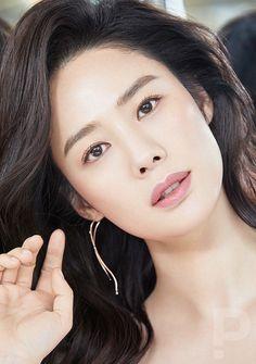 Female Actresses, Korean Actresses, Beautiful Asian Girls, Beautiful Women, Dental Kids, Glass Slipper, Korean Artist, Kpop Fashion, Pretty Face