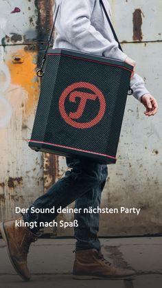 Der Sound deiner nächsten Party klingt nach Spaß. #machlaut #followyoursound ✓ Portabler XL-Bluetooth-Speaker mit integriertem Hochleistungsakku ✓ Hoher Schallpegel von 112 dB für die Beschallung von großen Räumen & Flächen ✓ Integrierter, beleuchteter 4-Kanal-Mixer, Klangregler, inklusive Fernbedienung ✓ Bluetooth mit apt-X® für Musikstreaming in CD-Qualität von Deezer, Spotify, Youtube etc.