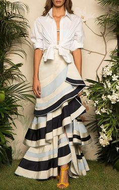Lyst - Johanna Ortiz Lombard Street Tiered Ruffle Skirt in Blue Fashion 2017, Look Fashion, High Fashion, Fashion Show, Fashion Dresses, Womens Fashion, Fashion Design, Modern Hijab Fashion, Latest Fashion