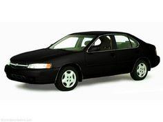 2000 Nissan Altima GXE Sedan