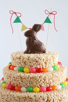 Easter Rice Krispies Treats Cake | Make this awesome cake in about an hour!! [This activity was sponsored by Rice Krispies.]