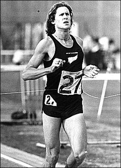 New Zealand Runner in the 1974 Commonwealth games.He was placed second. John Walker, Famous Sports, New Zealand Houses, Commonwealth Games, Maori Art, Kiwiana, Sport Icon, The Beautiful Country, Adventure Tours