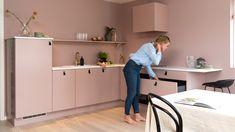 Svalbard - Strai kjøkken Desk, Kitchen, Furniture, Home Decor, Modern, Desktop, Cooking, Decoration Home, Room Decor