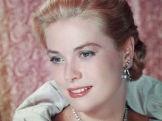 Grace Kelly died in 1982, but she may be more popular than ever in 2013.  (Photo: Hulton Archive, Getty Images)
