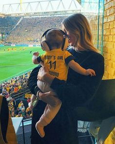 She is as adorable as her dad Dfb Team, Beautiful Children, Fifa, Dads, Sports, Soccer, Marco Reus, Hs Sports, Beautiful Kids