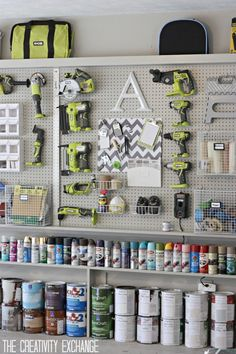 Organizing the Garage with DIY Pegboard Storage Wall WOW — just wow! Love love love this organization in their garage! DIY Garage pegboard for tools, spray paint and supplies. Only need inches for depth. {The Creativity Exchange} Pegboard Garage, Pegboard Organization, Diy Garage Storage, Garage Tools, Organized Garage, Kitchen Pegboard, Ikea Pegboard, Painted Pegboard, Pegboard Display
