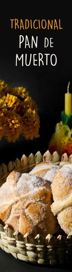 El pan de Muertos es típico del 2 de Noviembre en México cuando se celebran el Día de los Muertos. Puedes usar la misma masa para hacer pan dulce en cualquier fecha del año. Deliciosa receta de pan de muerto que a tú familia le va a encantar.