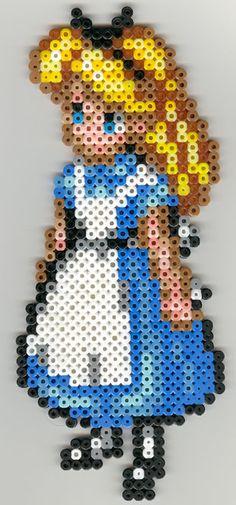 www.libertagia.com/sandylandya  Alice hama perler beads by melinda