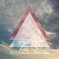 36 Awesome hipster triangle clouds