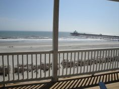 Dolphin Watch - Charming - Cozy - Oceanfront... - VRBO