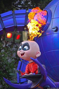 Incredible Jack Jack - reminds me of Austin. Disney Pixar, Disney Cartoons, Walt Disney, Disney Characters, Disney Love, Disney Magic, The Incredibles 1, Brad Bird, The Incredibles