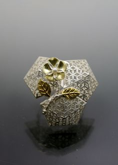 Youngjoo yoo,brooch,sterling silver,kum-boo,18k gold,pearl