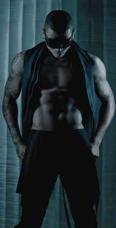 Chris Brown — damn...