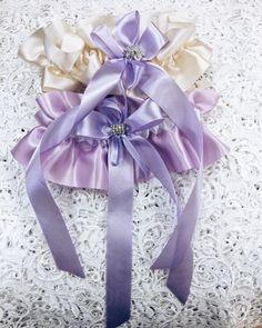 В нашем салоне www.sb-charme.ru огромный выбор оооочень красивых подвязок,разных цветов и оттенков.  #подвязка #свадебныеаксессуары #свадьба #wedding #лиловый #лавандовый #свадебныеплатья #purple