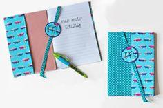 Schulbücher, Lieblingsbücher, Notizbücher: mit dieser Anleitung können Sie ganz easy eine Buchhülle nähen. Das beste: Sie eignet sich auch für absolute Nähanfänger! © Thinkstock
