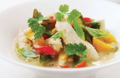 This delicious Hairy Bikers' Thai chicken and coconut curry recipe takes a classic dish and reduces the calories to turn it into a healthy family meal Dinners Under 500 Calories, 300 Calorie Meals, Low Calorie Recipes, Diet Recipes, Healthy Recipes, Uk Recipes, Family Recipes, Easy Recipes, Thai Chicken